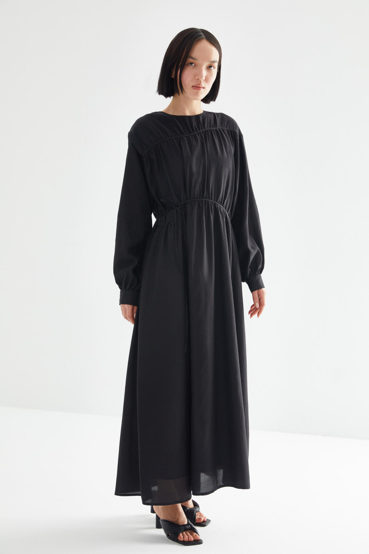 TIE LINED DRESS